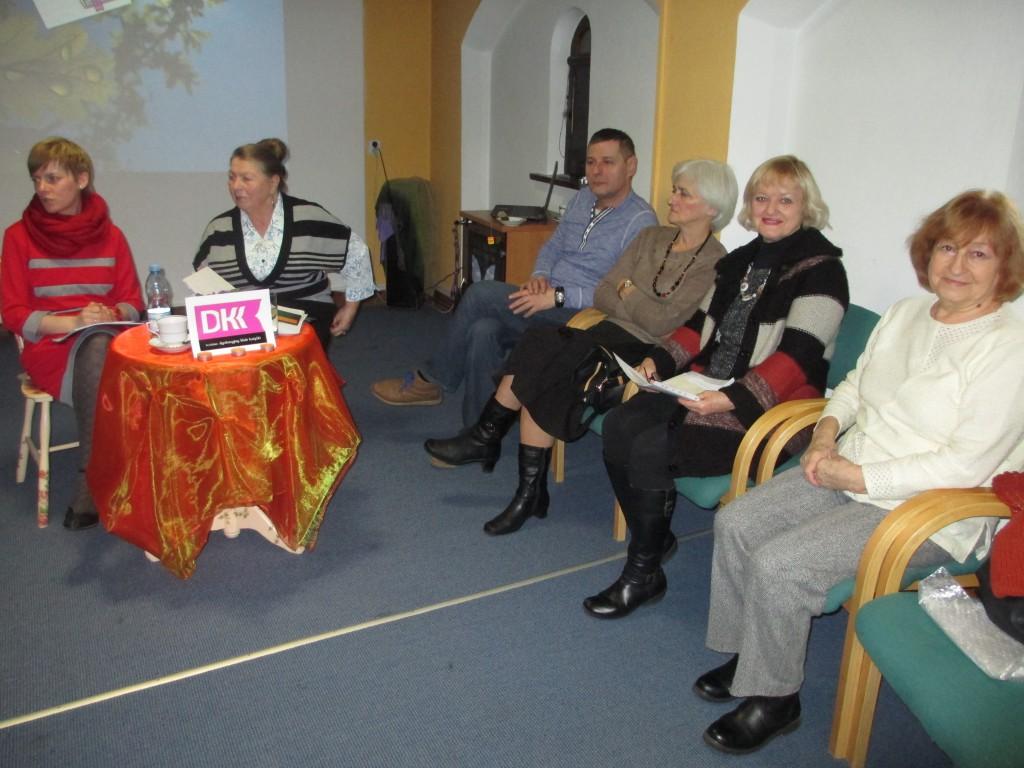 spotkanie Dyskusyjnego Klubu Książki dla Dorosłych  (9)