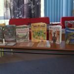 Mali Naukowcy w Bibliotece    (53)